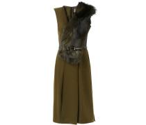 Kleid mit Fuchspelzbesatz