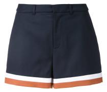 Shorts mit gestreiftem Saum