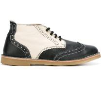 Oxford-Schuhe mit runder Kappe