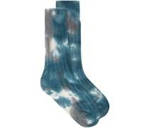 Socken mit Batikmuster