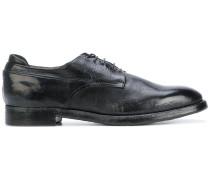 Derby-Schuhe in Distressed-Opti