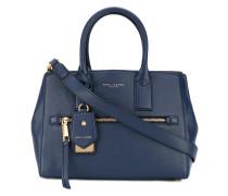 Handtasche mit Lederschildchen