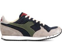 Retro-Sneakers mit Einsätzen
