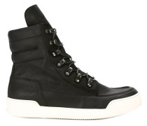 High-Top-Sneakers mit kontrastierender Sohle