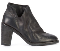 Stiefelette mit Cut-Outs