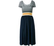 - Tailliertes Kleid - women