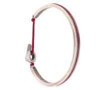 Silberarmreif mit rotem Band