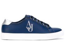 Sneakers mit Logo-Stempel