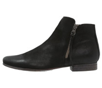 GUARDA Ankle Boot black