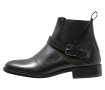 AGATA Ankle Boot noir