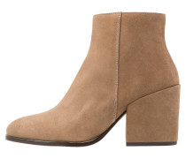 IKA Ankle Boot beige