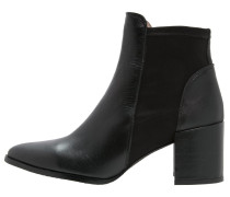 RISTO Ankle Boot black