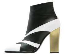 High Heel Stiefelette black/white