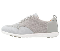 CITY V10 - Sneaker low - greyish/white