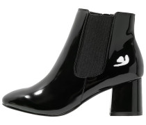 AQUA Ankle Boot black