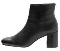 PRISTINE Ankle Boot schwarz