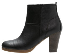 WIKI Ankle Boot black
