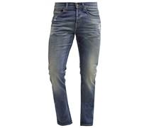 Jeans Straight Leg repairs