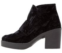 BANG Ankle Boot black