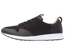 SCORE SEAMLESS - Sneaker low - black/white