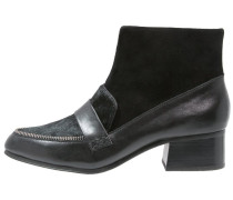 COLCHESTER Ankle Boot black