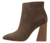 GLADIS Ankle Boot walnut