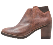COLIN Ankle Boot camel