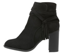 WASP Ankle Boot black