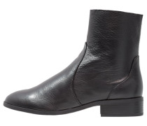 KLASH Stiefelette black