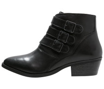 BALTIC Ankle Boot black