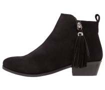 AGGIE Ankle Boot black