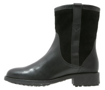 CHANTESIDE Stiefelette black