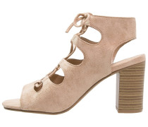 RACER High Heel Sandaletten cream