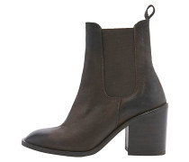 MAGGIE High Heel Stiefelette chocolate