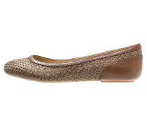 ALOA Klassische Ballerina brown