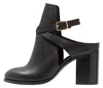 DARE Ankle Boot black