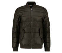 BRYANT Winterjacke blackforest