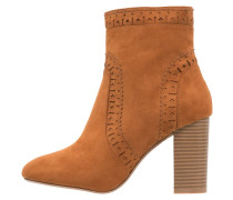 ACORN Ankle Boot brown