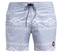 CREEKSIDE Shorts famish