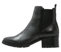 MAUDE Ankle Boot black
