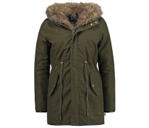 LANIA Parka forest night