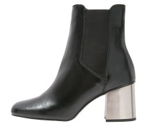 MAYFAIR Stiefelette black