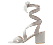VICTORIA - Riemensandalette - light grey