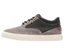 ICON Sneaker low taupe