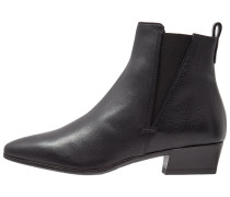 FAUSTA Ankle Boot black