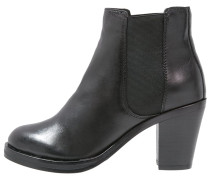 WHITLEY Ankle Boot black