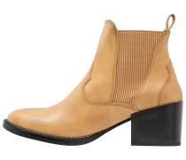 VMVIBE - Ankle Boot - cognac