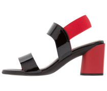 WIZZY - Riemensandalette - black/red