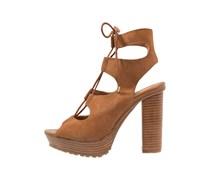HENNA High Heel Sandaletten tan