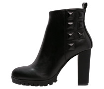 CLIVIA Ankle Boot black